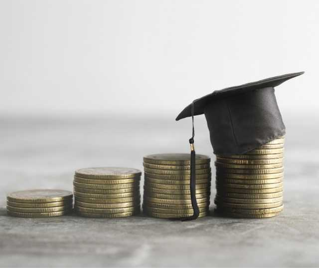 6 Steps to Find Scholarships